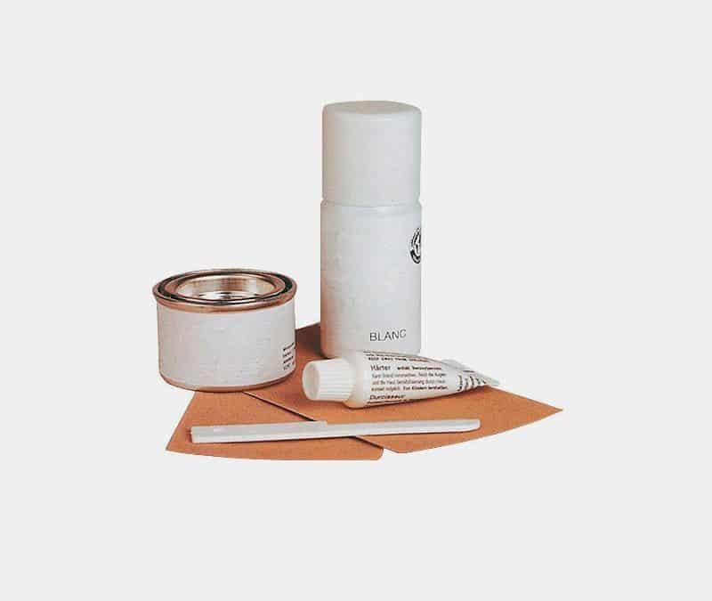 Kit usado para reparar jacuzzi acrílico
